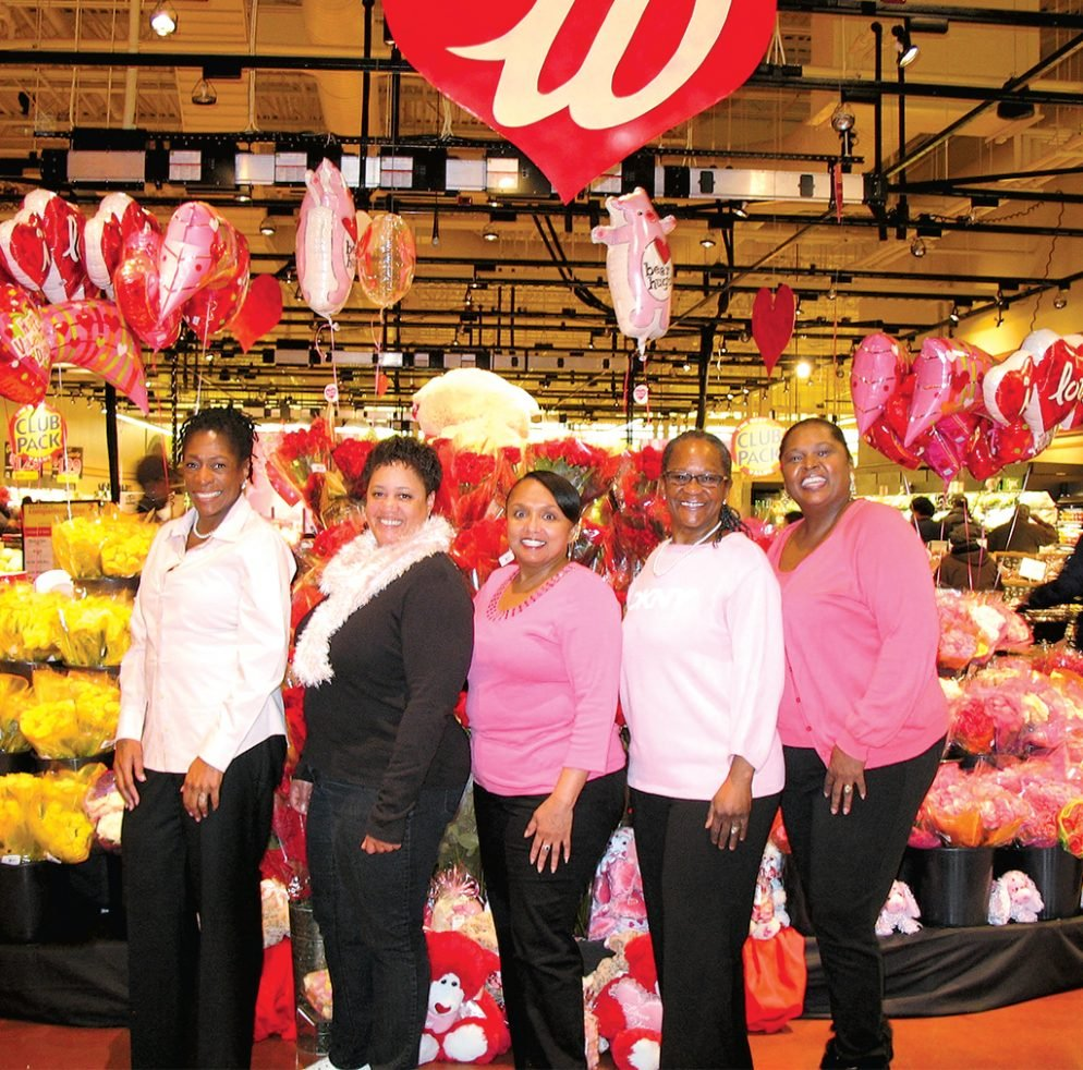Meet the Wegmans Obsessives Who Camp Out to Try New Stores