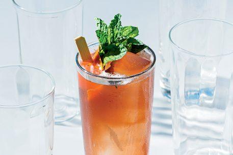 8 U Street and Logan Circle Bars to Get a Good Drink