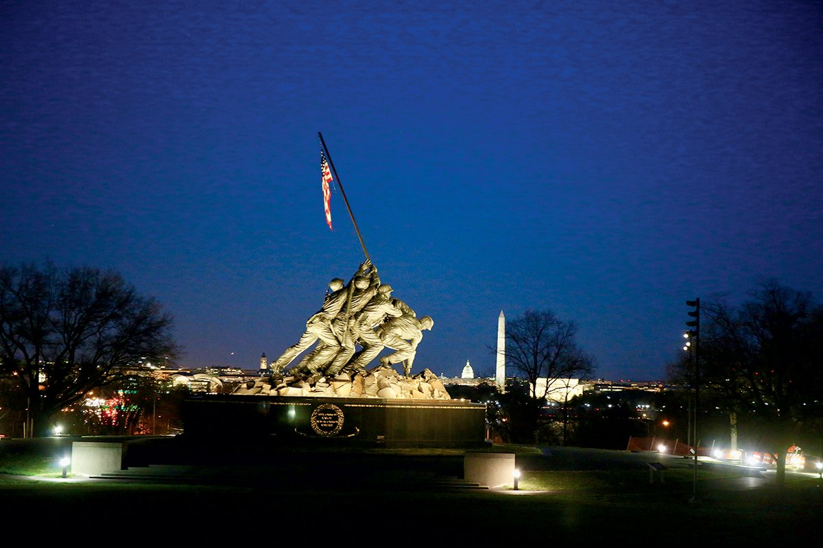 U.S. Marine Corps War Memorial. Photograph by Evy Mages.