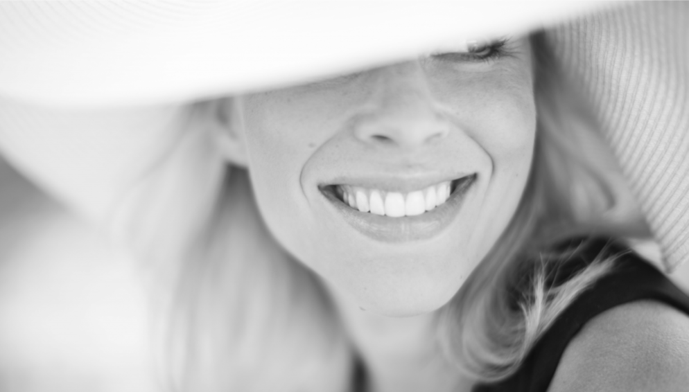 Need to Warm Up Your Summer Smile? Here Are 5 Ways to Make It Happen