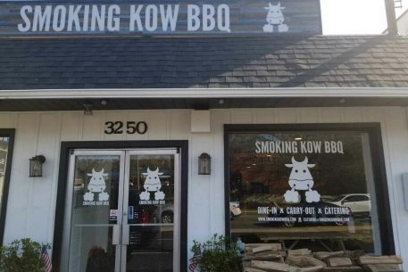 "Smoking Kow Is Serving Barbecue Tacos and ""Mac and Meat"" Platters at Its New Alexandria Joint"