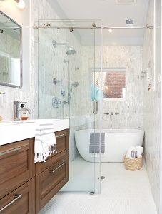 How to Maximize Space in a Cramped Rowhouse Bathroom