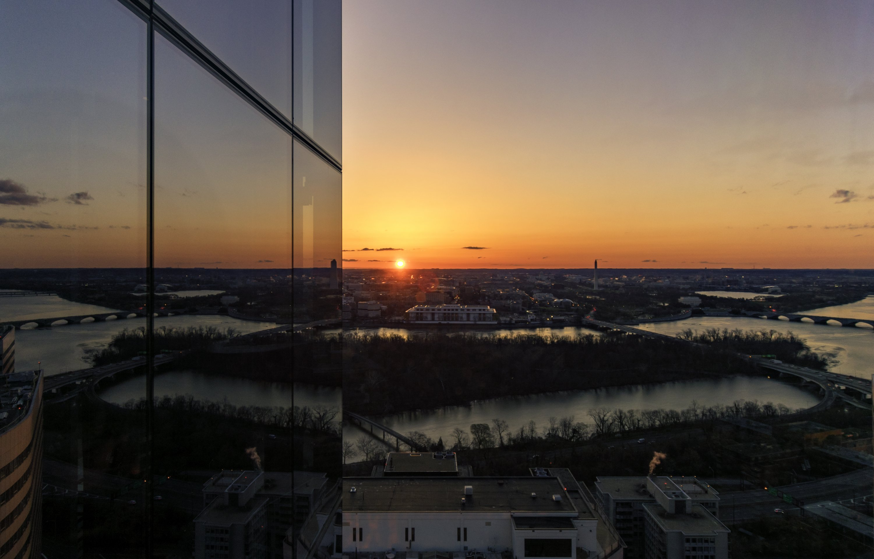 A New Attraction in Arlington Offers 360-Degree Views of Washington images 1