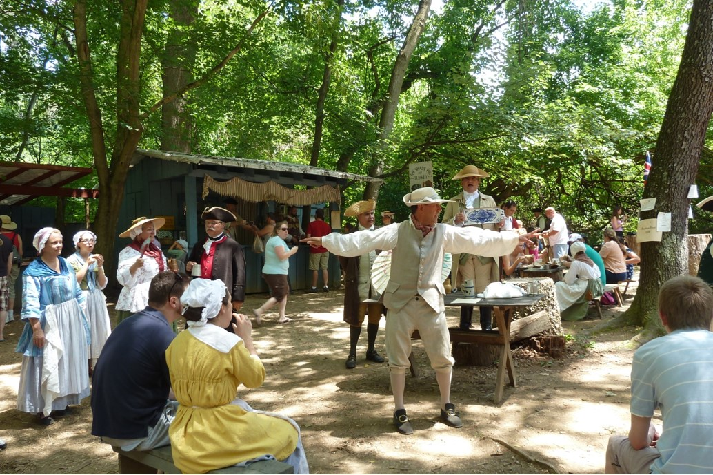 Colonial Summer Market Fair
