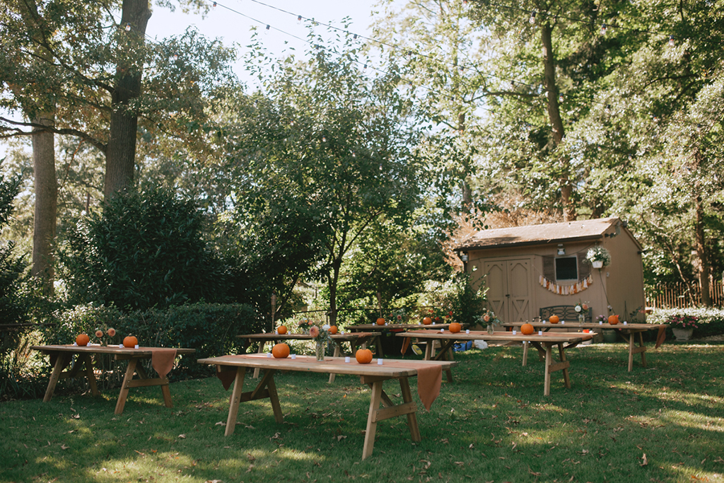 DIY backyard wedding National Bohemian Mr. Boh Terps The Voice September Wedding Laura Gathercole + Alex Kopp | L.A. Birdie