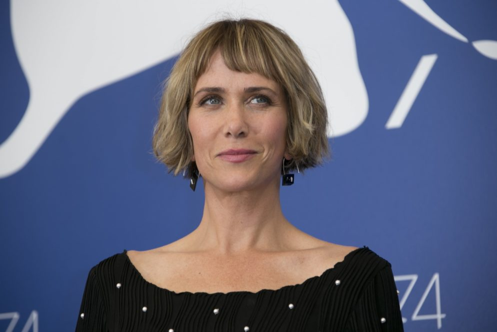 Kristen Wiig Was Just Spotted Shopping on 14th Street, NW