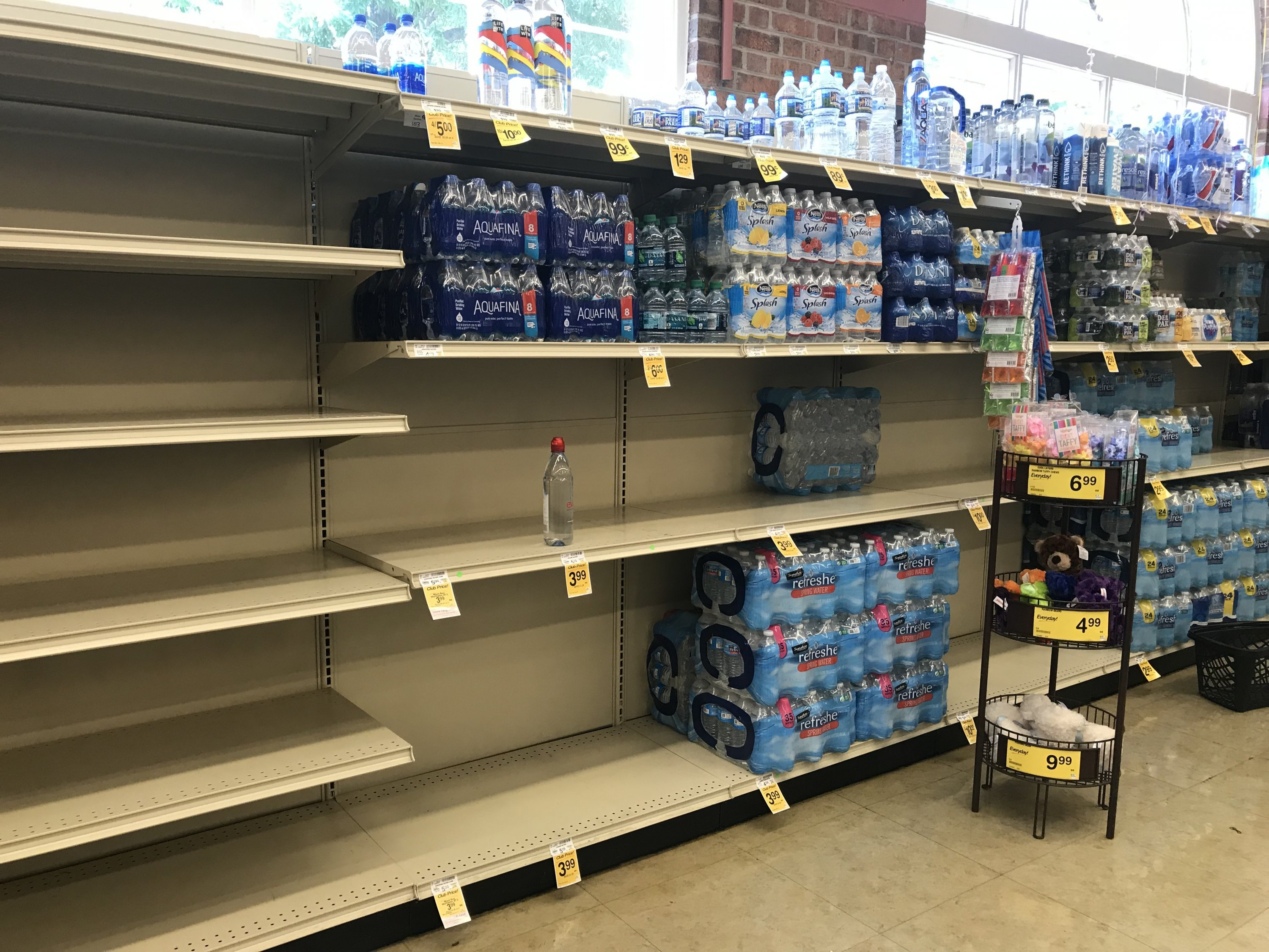 Look at the Empty Bottled-Water Shelves at DC Grocery Stores images 5