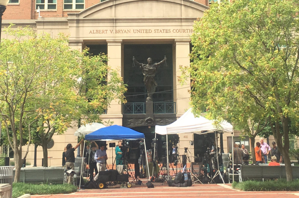 Protesters, Sketch Artists, and an Early-Rising Intern: The Scene at the Manafort Trial's First Day