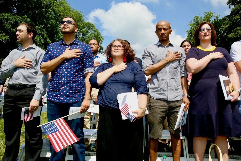 PHOTOS: US Naturalization Ceremony at Mount Vernon images 7