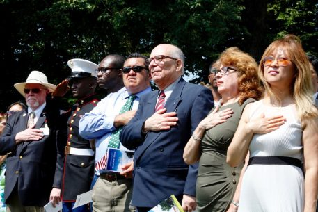 PHOTOS: US Naturalization Ceremony at Mount Vernon