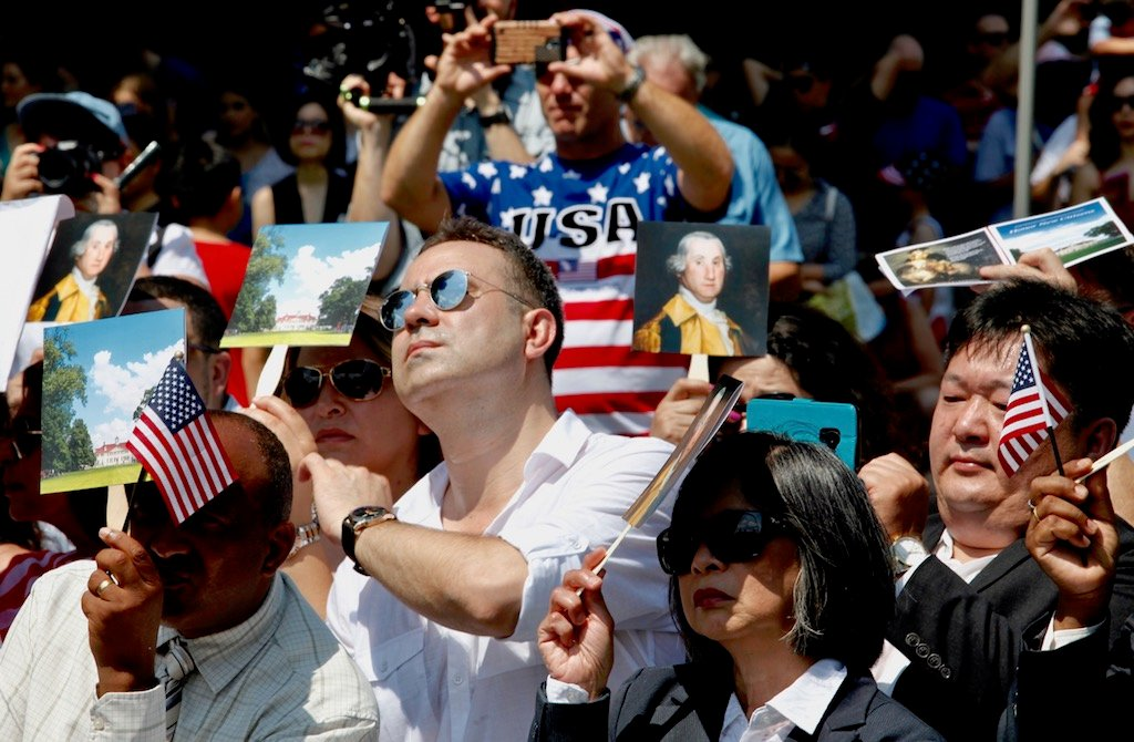 PHOTOS: US Naturalization Ceremony at Mount Vernon images 5