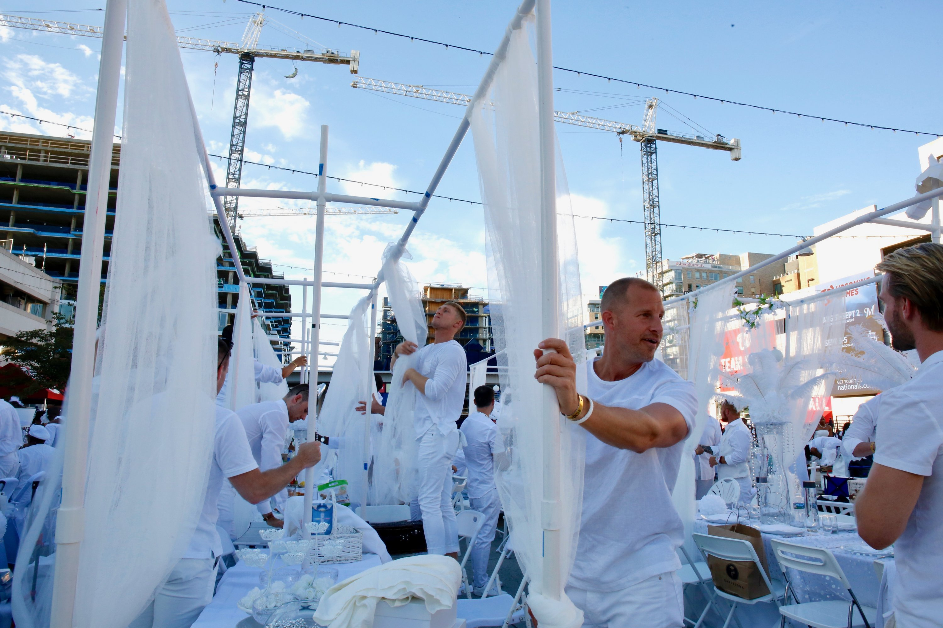 Diner en Blanc 2018. Photo by Evy Mages.