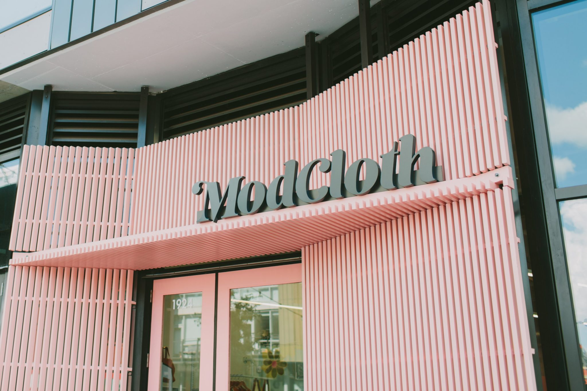 The outside of ModCloth's new store in the Shay. Photograph by Tori Watson Photography, courtesy of ModCloth.