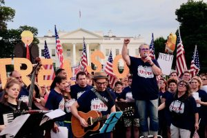 PHOTOS: Rosie O'Donnell Leads a Protest Outside the White House