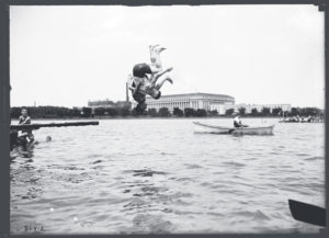 Once Upon a Time, the Tidal Basin Was a Swimming Beach
