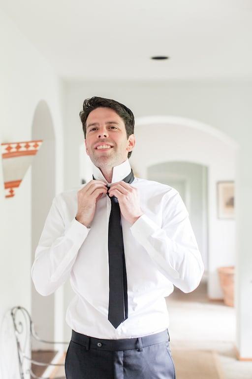 tie shot