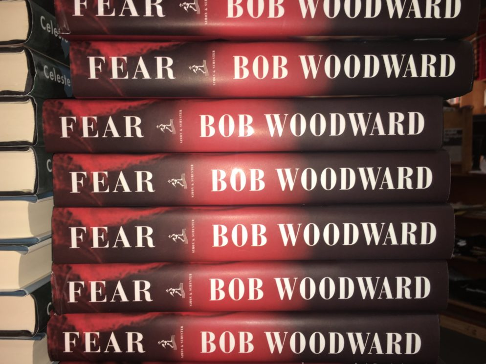 "Here's What It Was Like at the DC Midnight Release of Bob Woodward's ""Fear"""