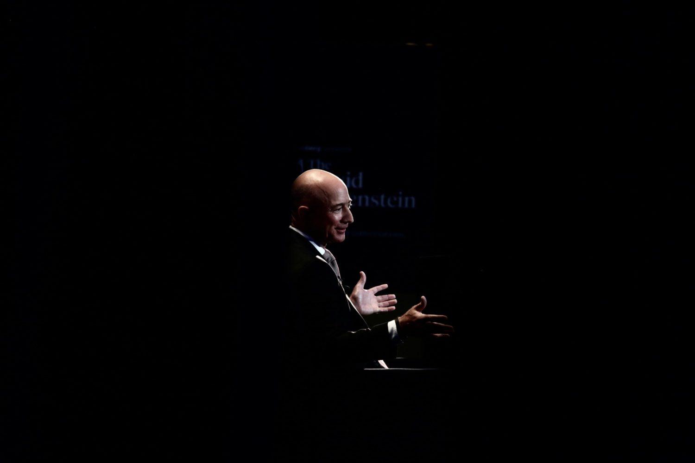 Trump Should Welcome Media Scrutiny, Says Press-Averse Jeff Bezos