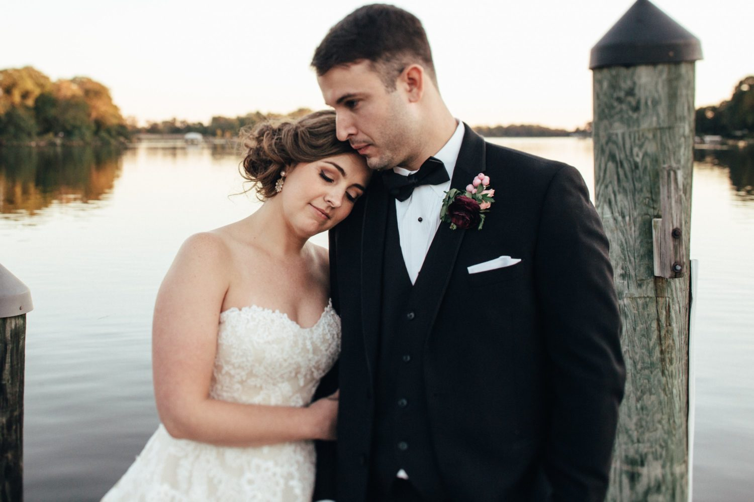 Moved by the Beauty of the Chesapeake Bay, A Couple Looks to Nature for their Wedding Inspiration