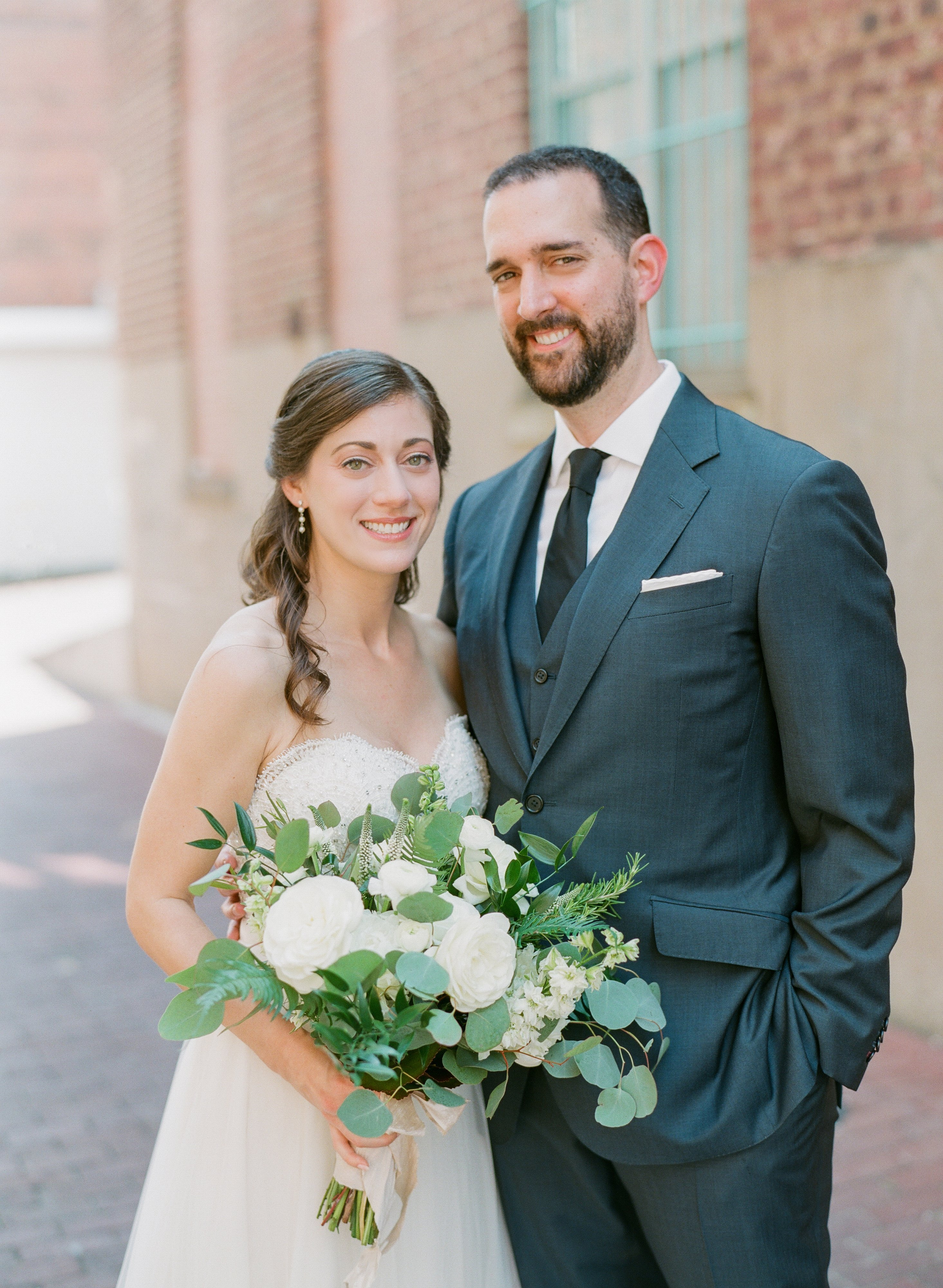 Who Says You Need Ornate Decor to Make a Big Impact?—Just Look at this Simple, Stunning Wedding at LongView Gallery