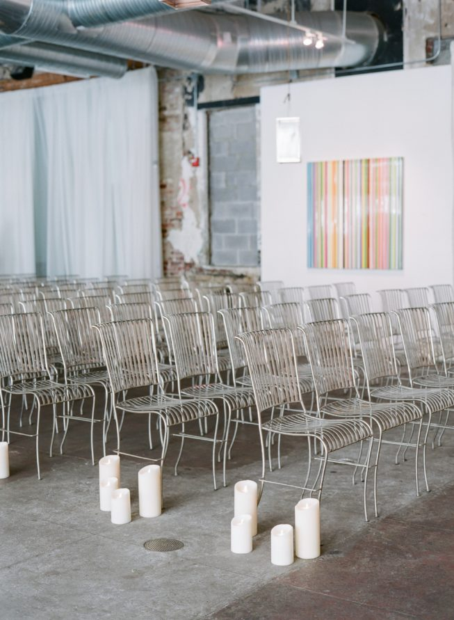 A Simple Modern Wedding At Longview Art Gallery With Stunning Design