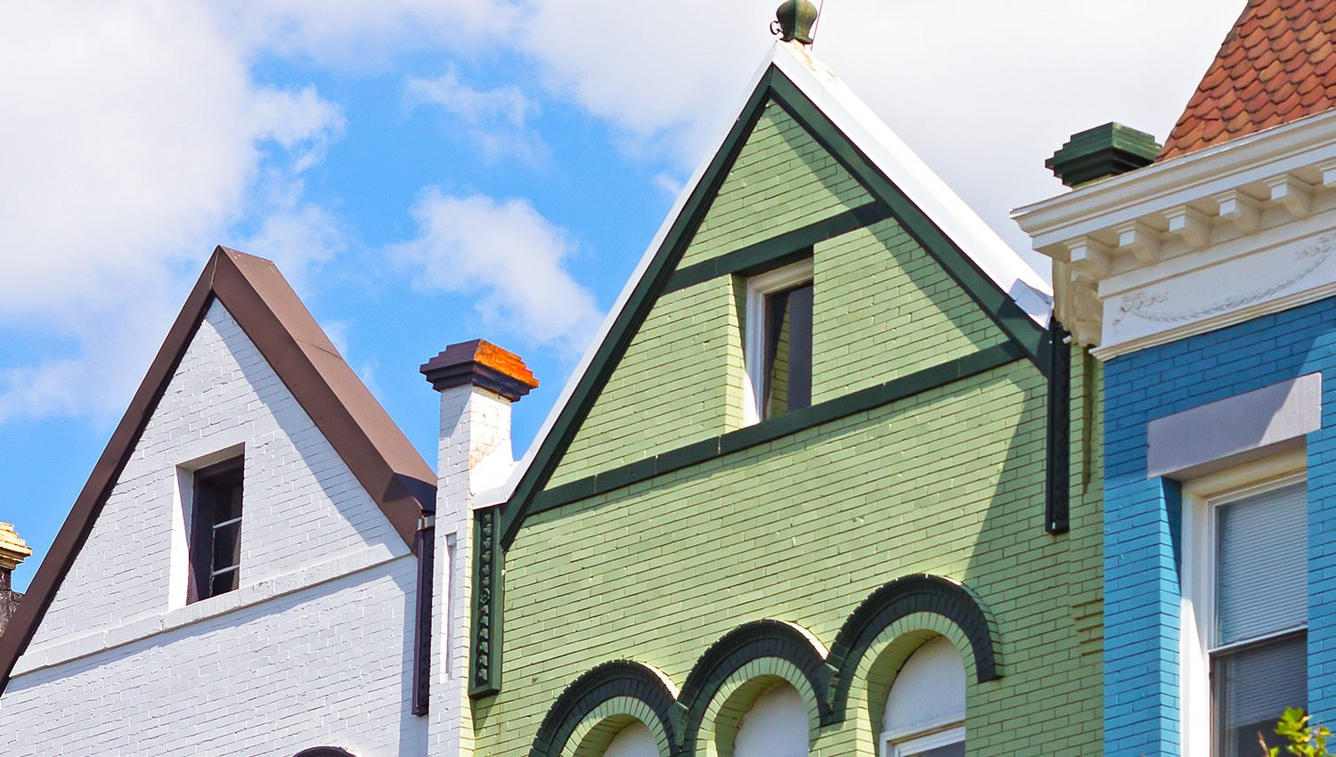 DC Neighborhood Guide: DC Rowhouses. DC Neighborhoods. Photograph via iStock.