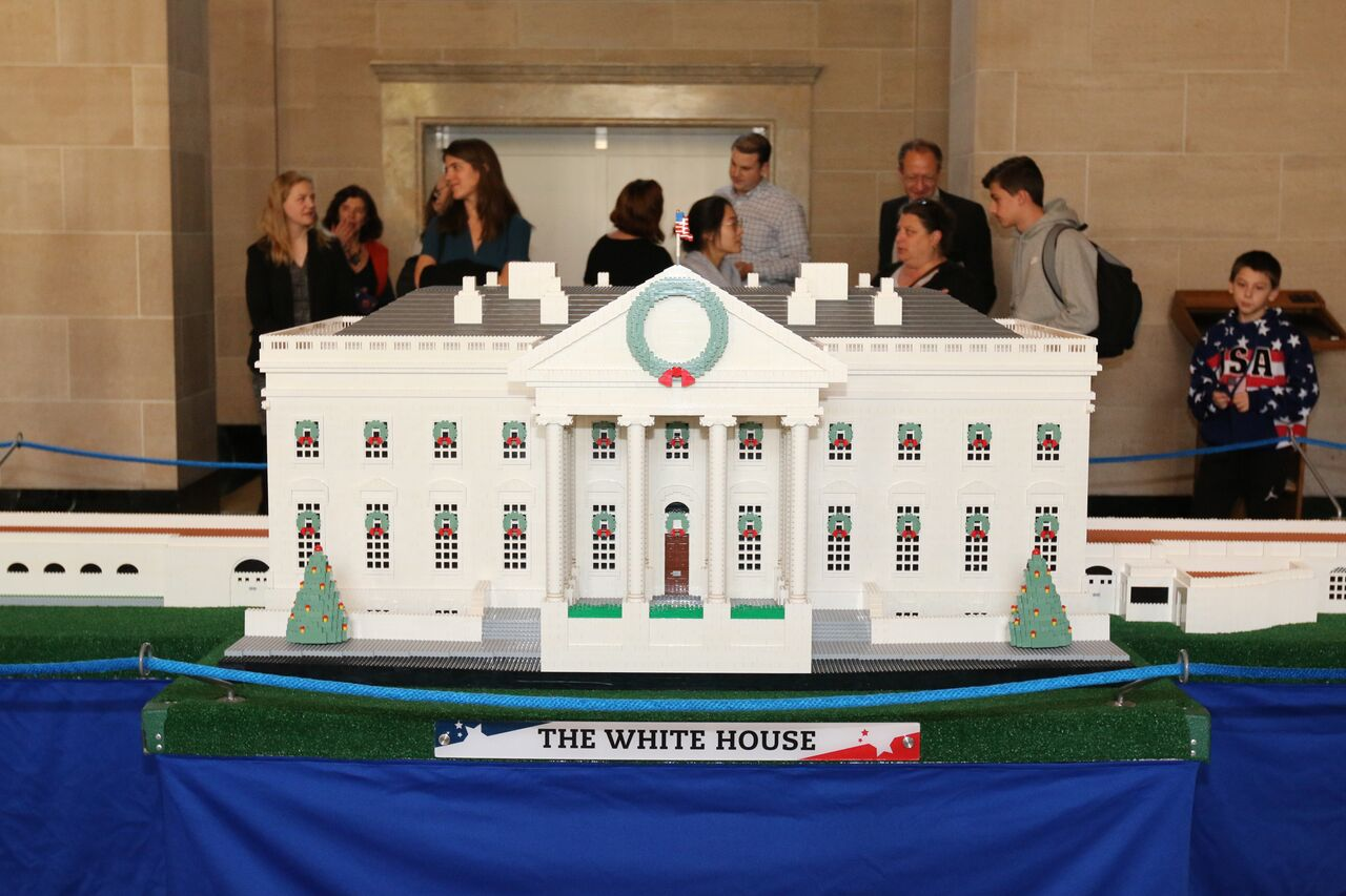 Check Out This Lego Replica Of The White House