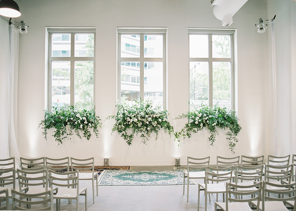 Pleasing Modern Wedding Ideas In A Chic Green And White Color Palette Short Links Chair Design For Home Short Linksinfo