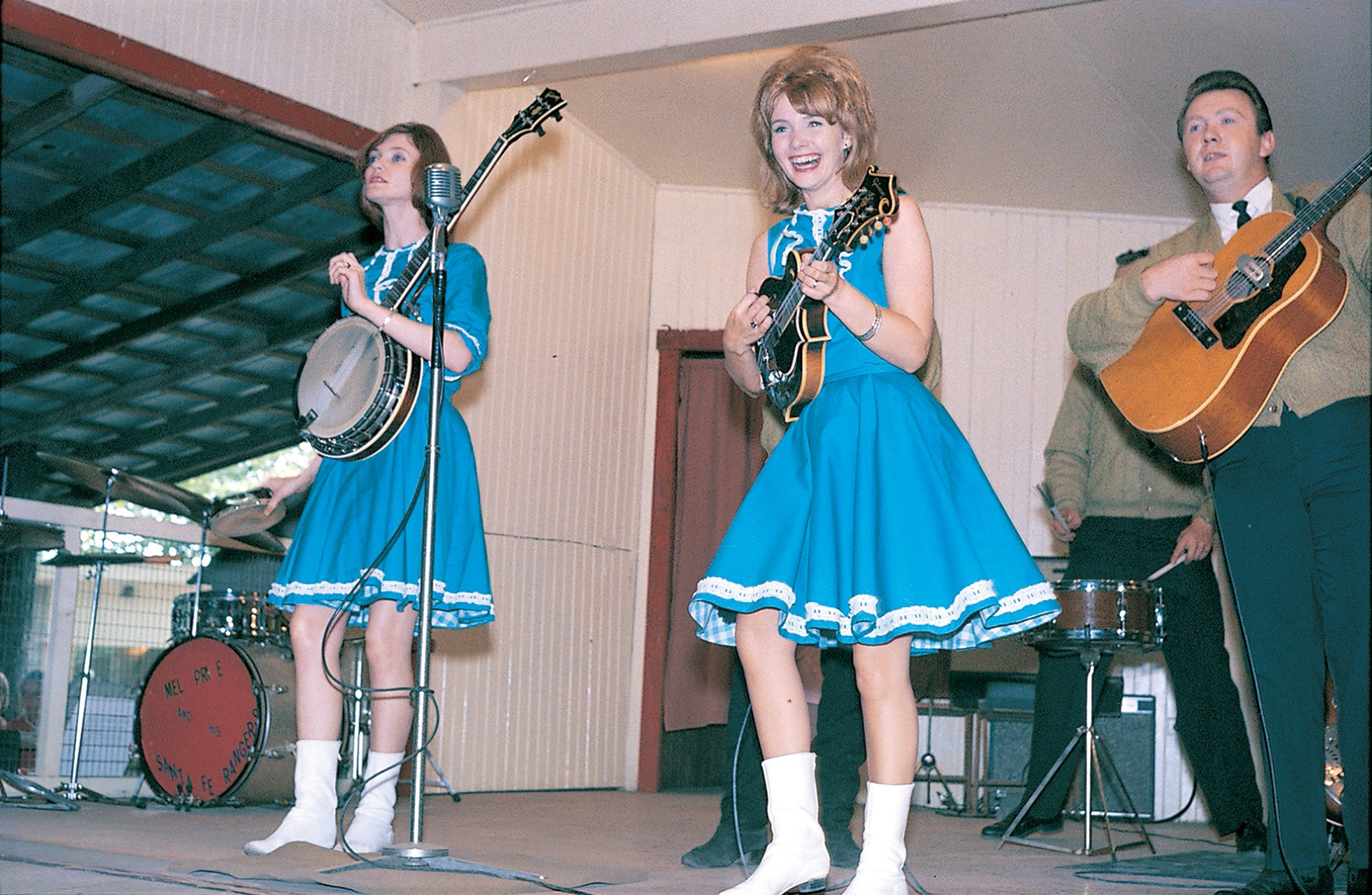 These Badass Bluegrass Sisters Ruled DC's Honky-Tonk Bars
