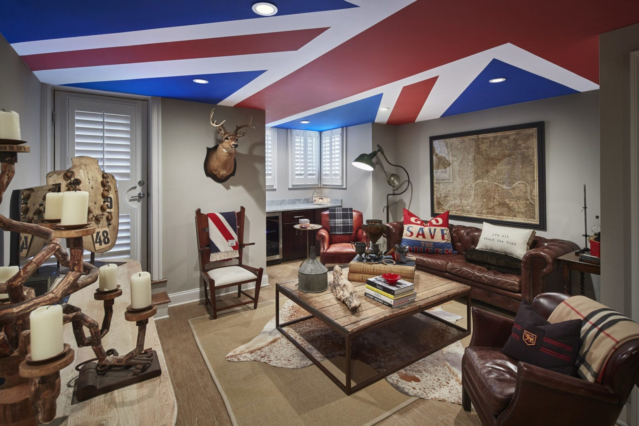 Look Inside My Home: A Quirky Bloomingdale Townhouse With a Union Jack Ceiling