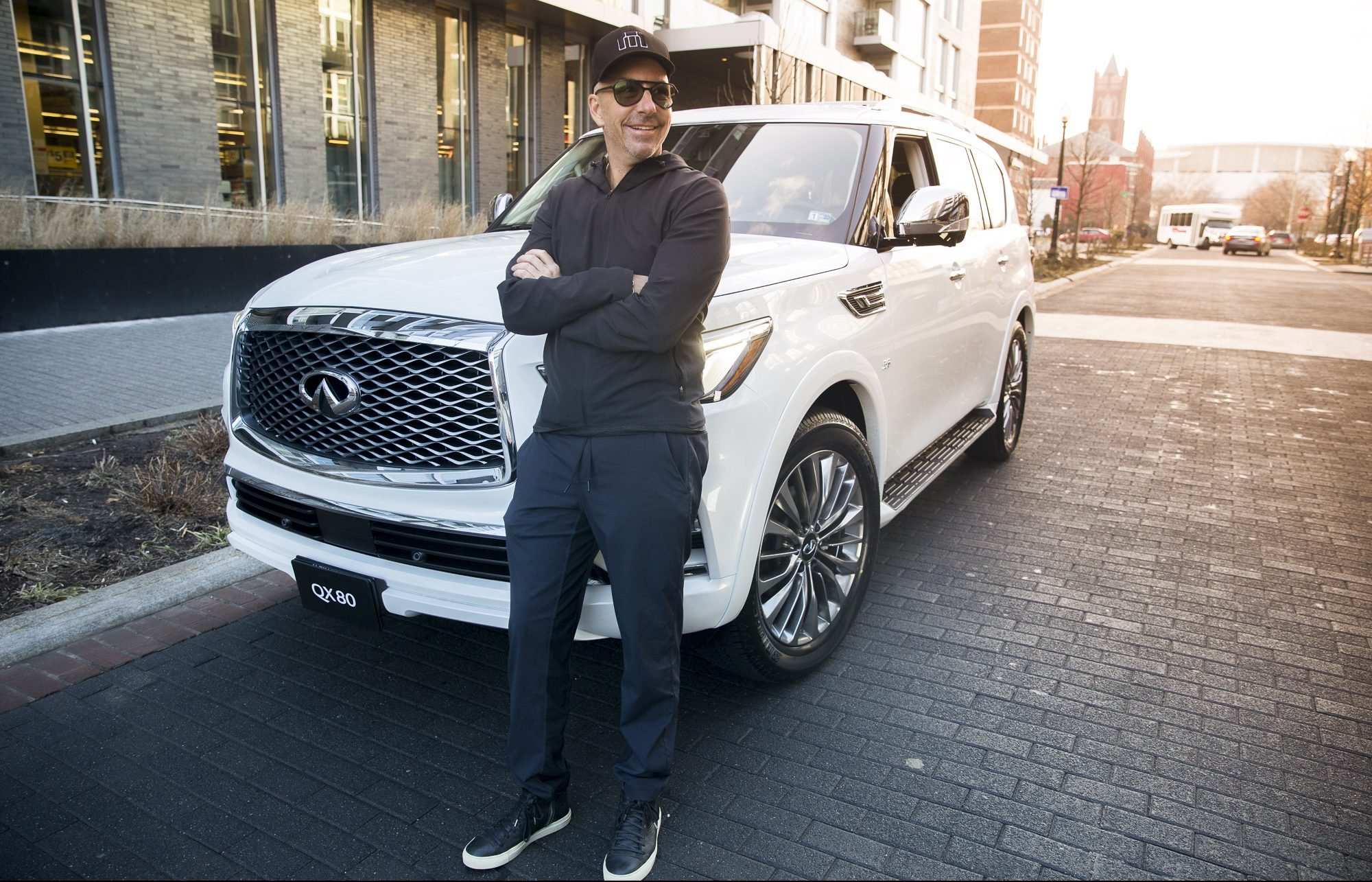 A Day in the Life with Celebrity Make-up Artist Carl Ray, Presented By INFINITI