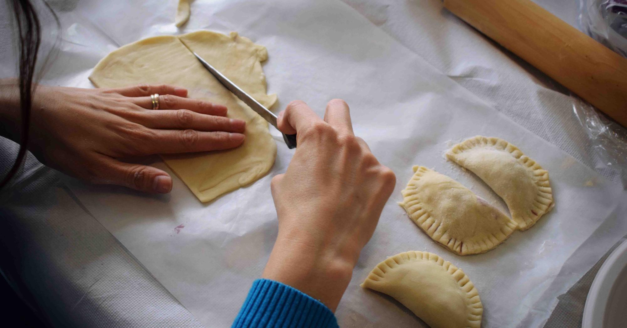 Cooking class. Photograph via Unsplash.