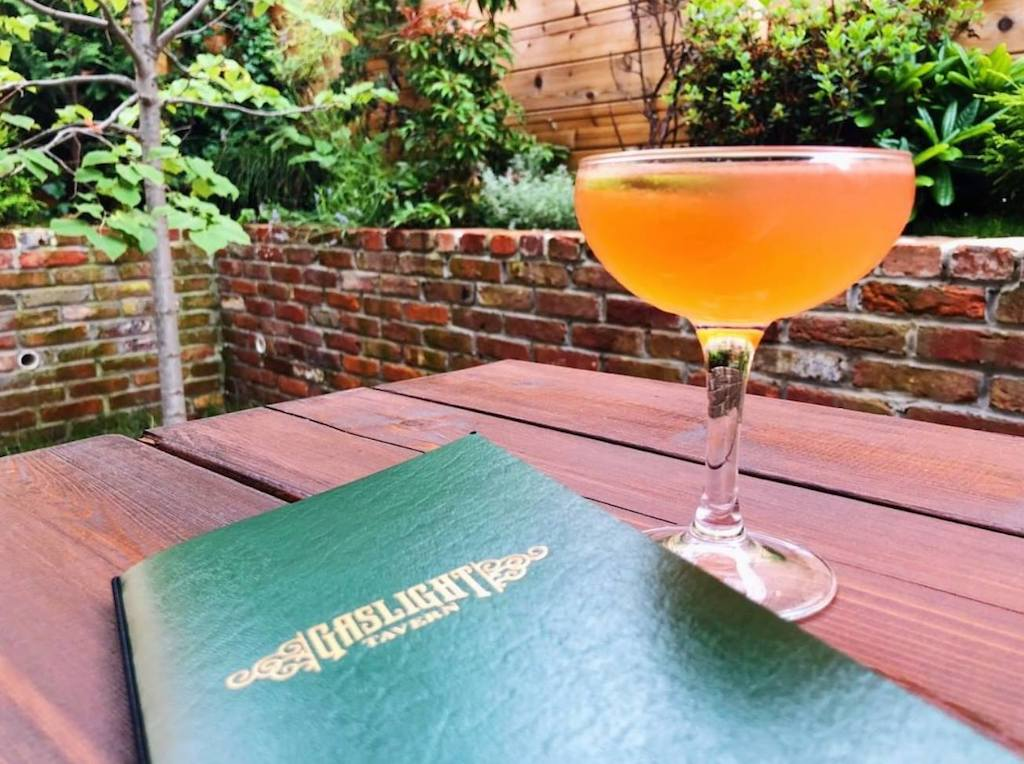 Best bars with outdoor happy hour DC