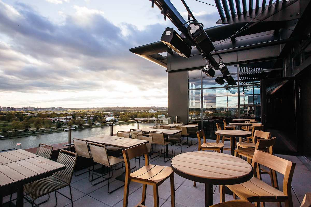 7 New Outdoor Bars Around Dc To Drink In The Gorgeous Weather
