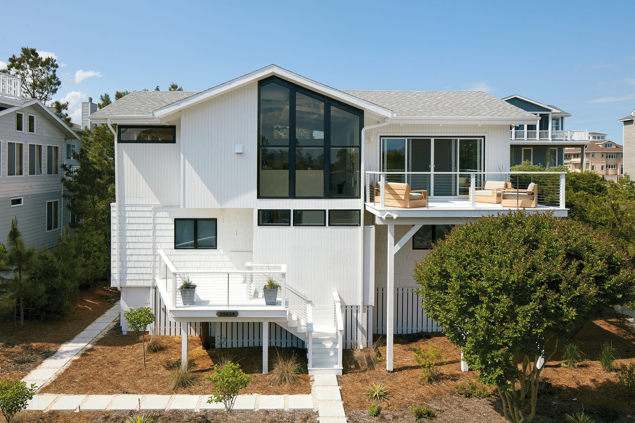 This Bethany Beach Fixer-Upper Was Dramatically Transformed in Just Two Months