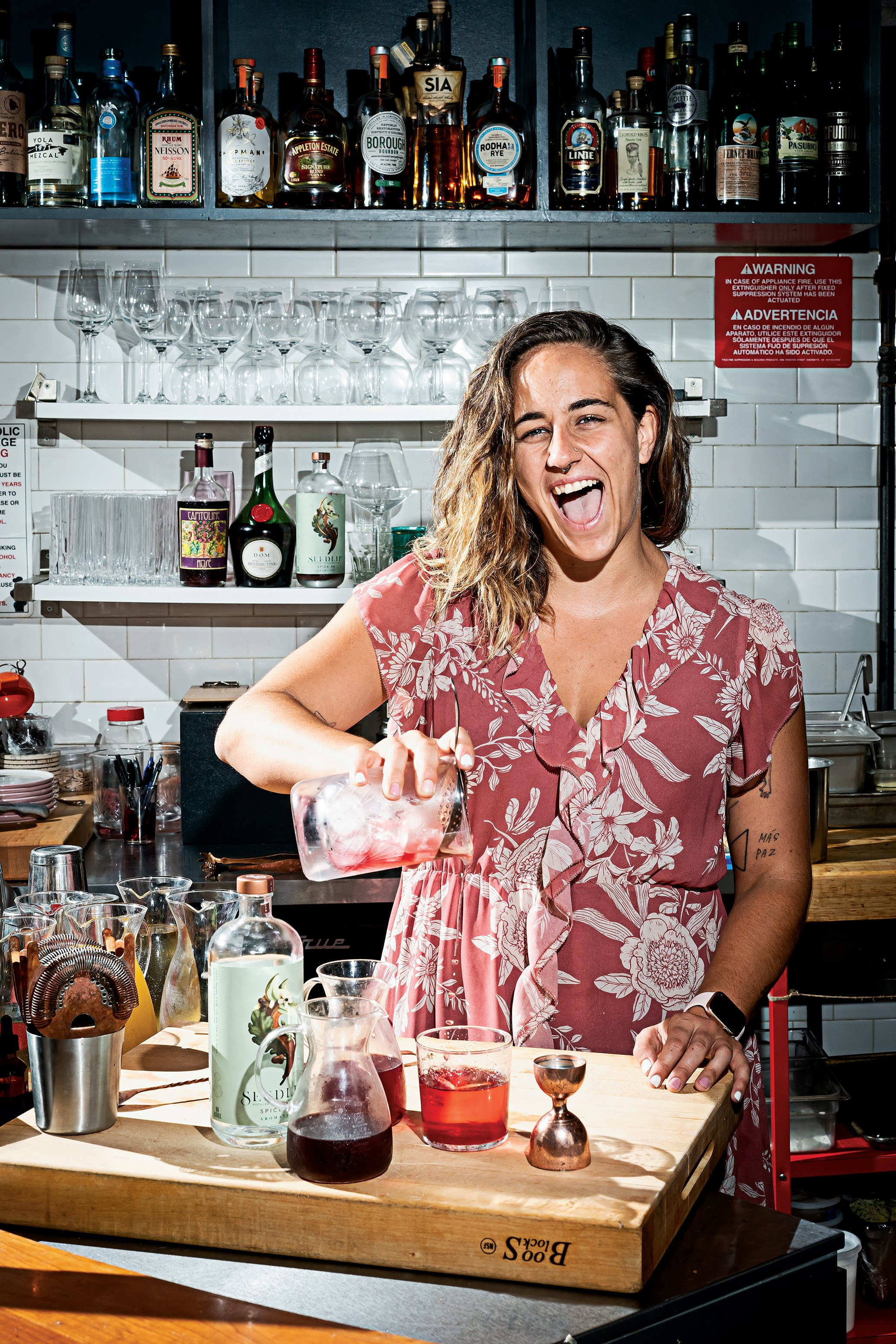 Carlie Steiner mixes up non-alcoholic negronis at Himitsu in Washington, DC. Photographs by Scott Suchman.