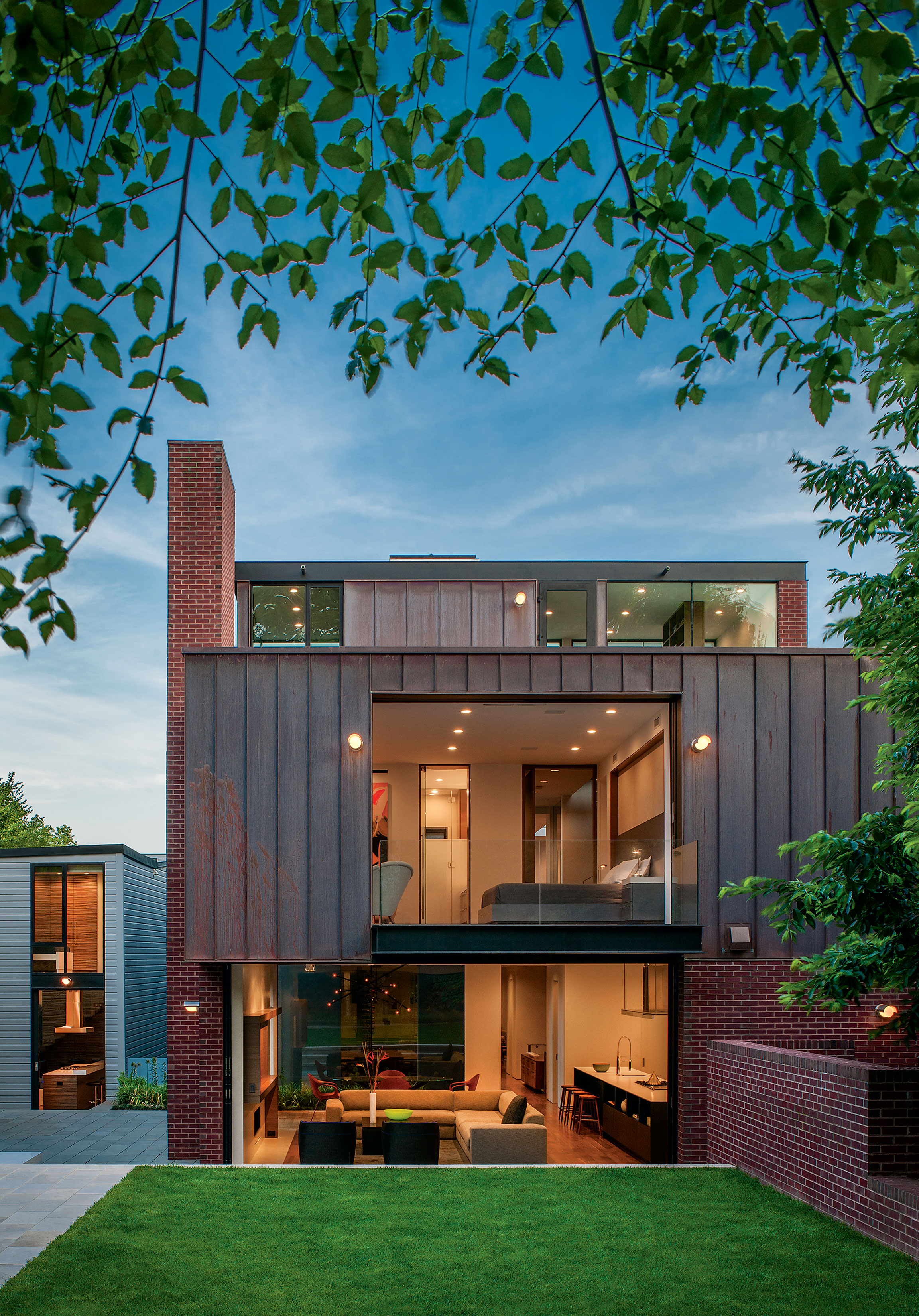 Photograph of Georgetown house by Maxwell MacKenzie Architectural Photographer.