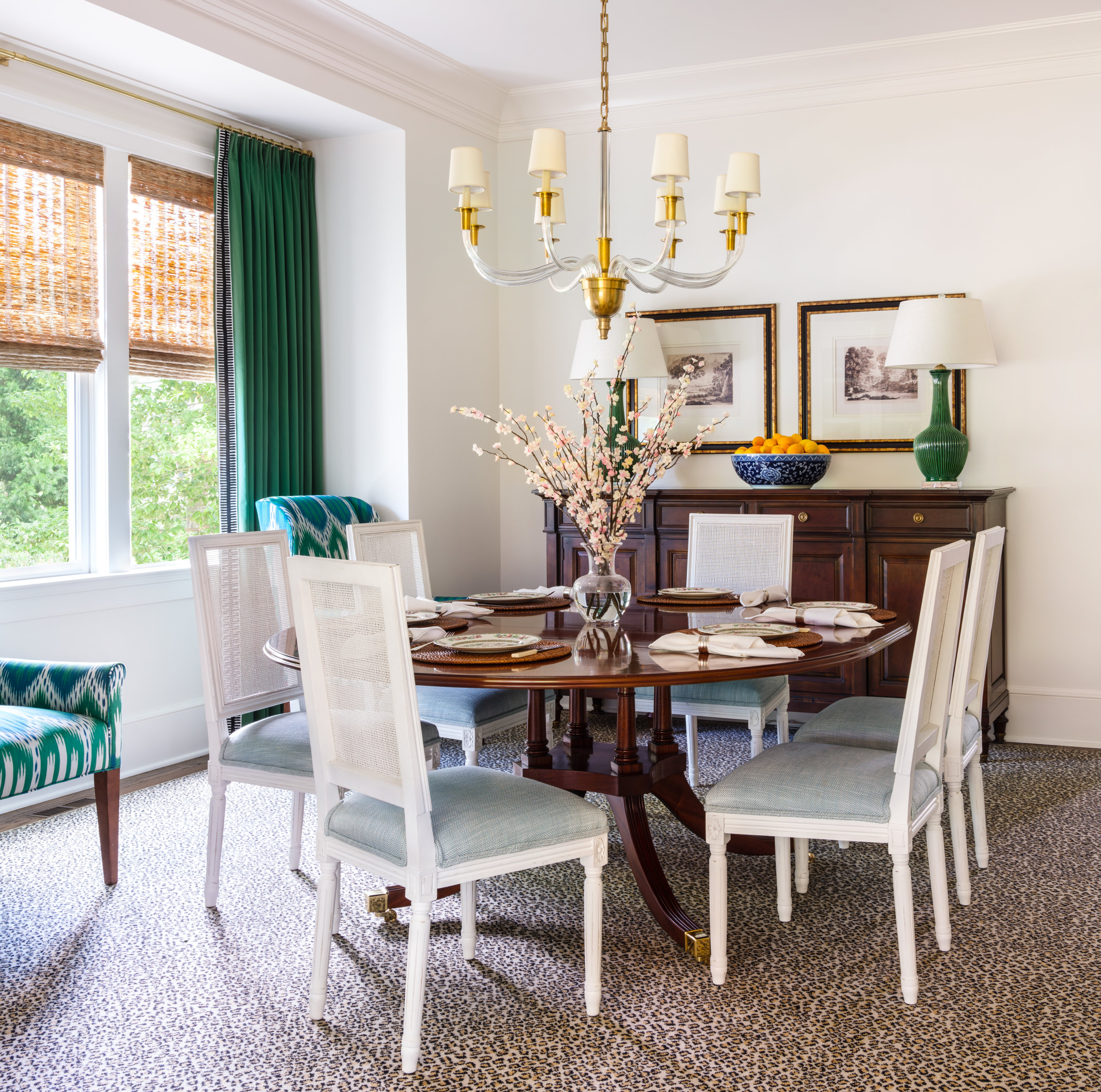 E Of The Week A Dining Room That Shows How To Mix Patterns
