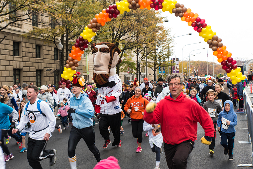 SOME's Thanksgiving Day Trot for Hunger 5k