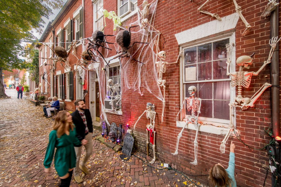 The Ultimate Guide to Halloween Happenings in Alexandria