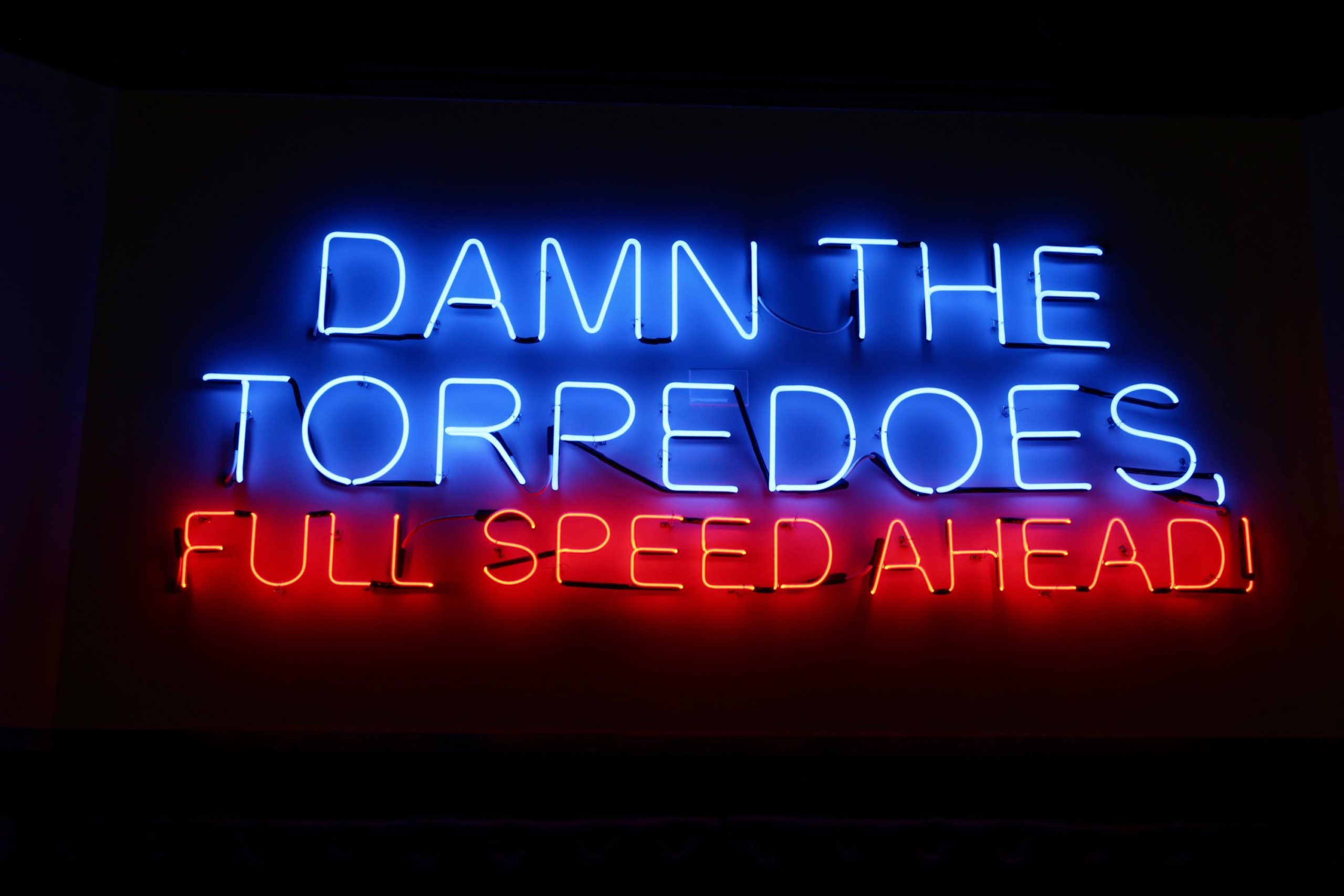 Another neon sign pays homage to the nautical theme. Photo by Evy Mages.