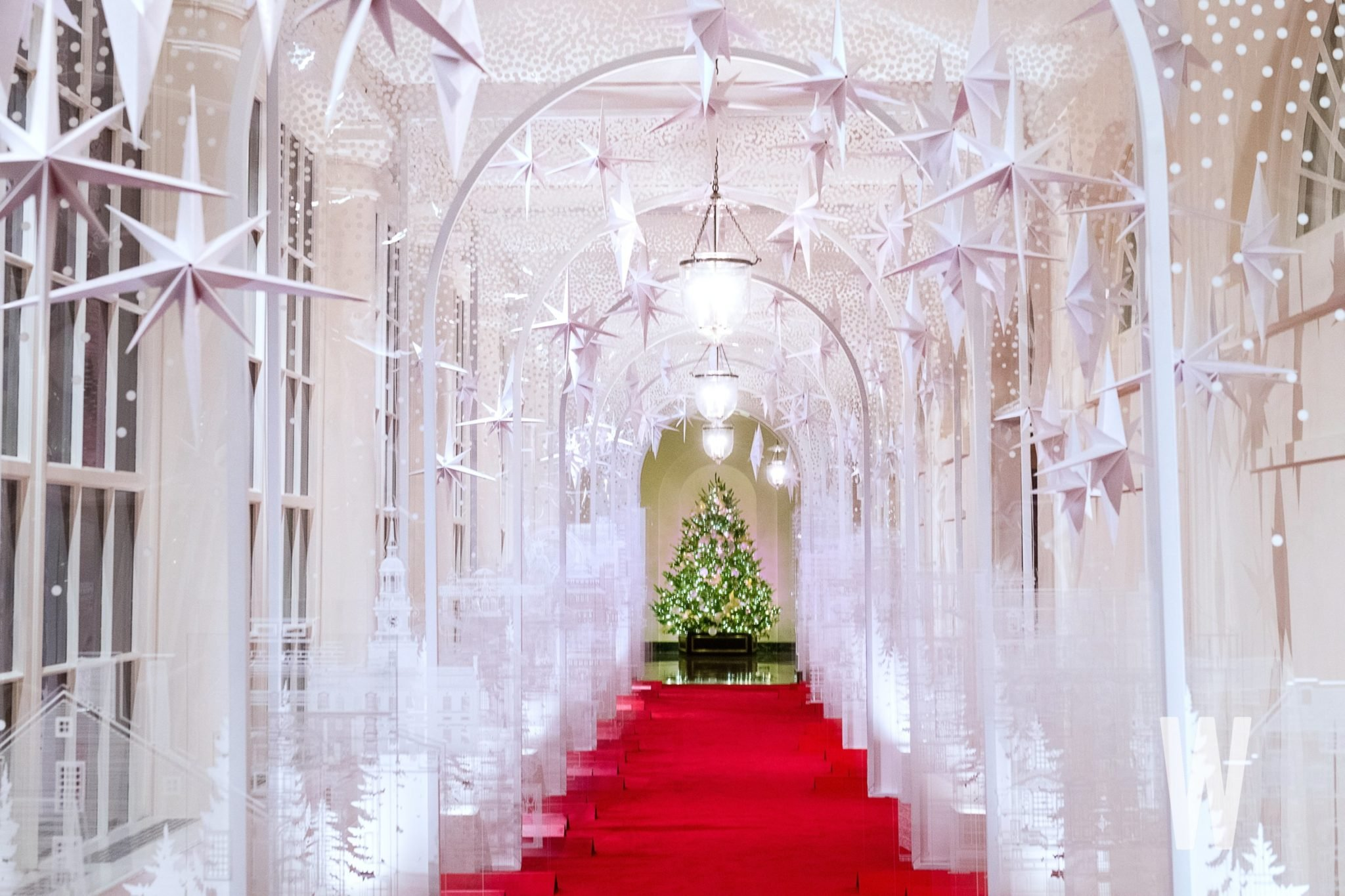 The 2019 White House Christmas Decorations Are Up, but I Really Just Miss the Blood Trees ...
