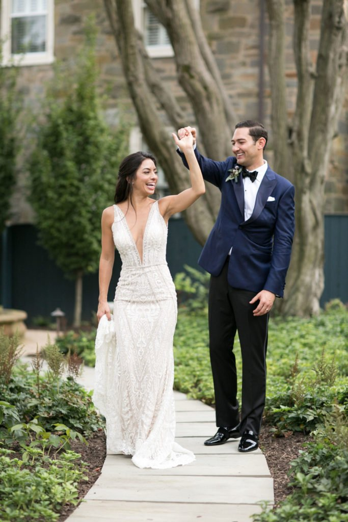 An Intimate Long View Gallery Wedding in September