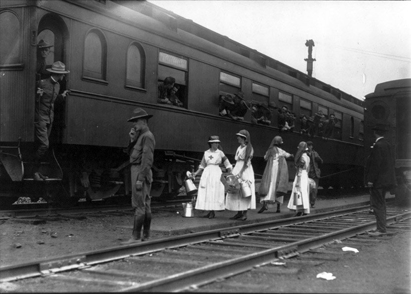 Red Cross workers aid troops and travelers. Photo courtesy of the Library of Congress.