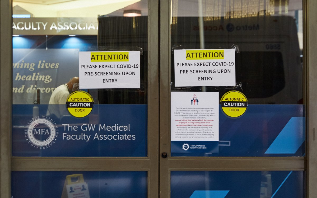 PHOTOS: The Signs on Storefronts in DC Tell a Sad Story