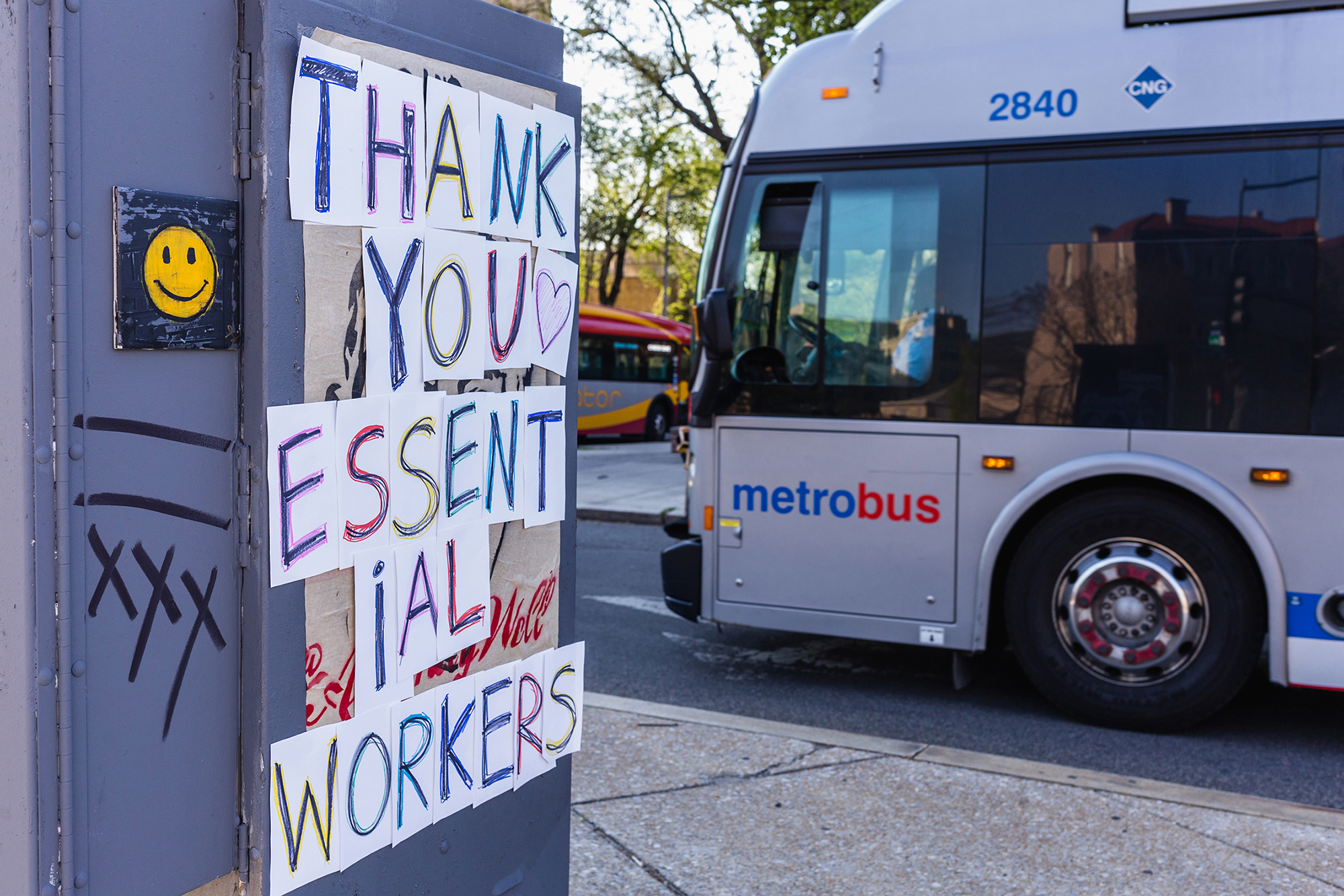 People Are Making Thank-You Signs for Grocery Workers and Delivery Drivers