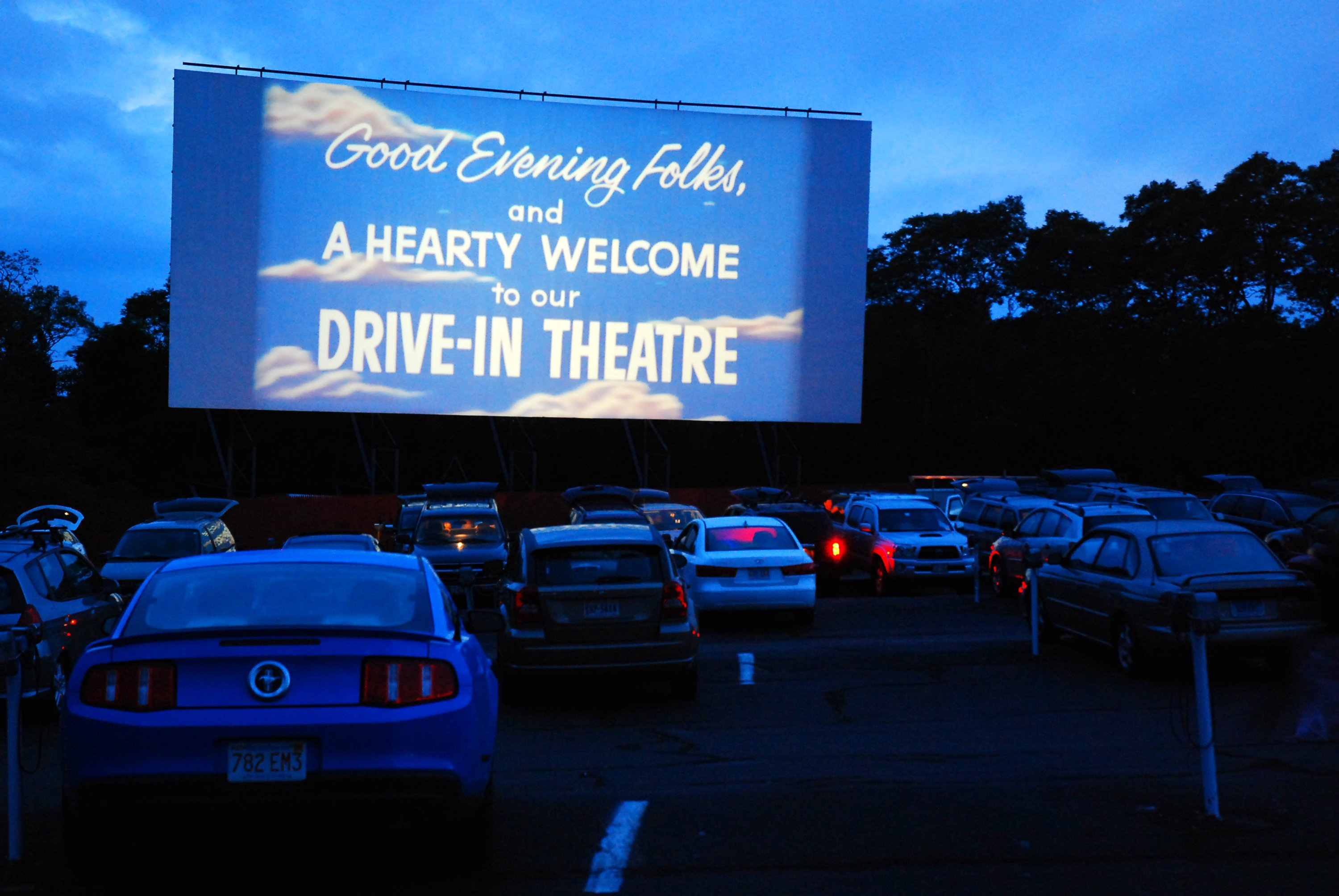 Your Guide To Outdoor And Drive In Movie Theaters Around Dc Washingtonian