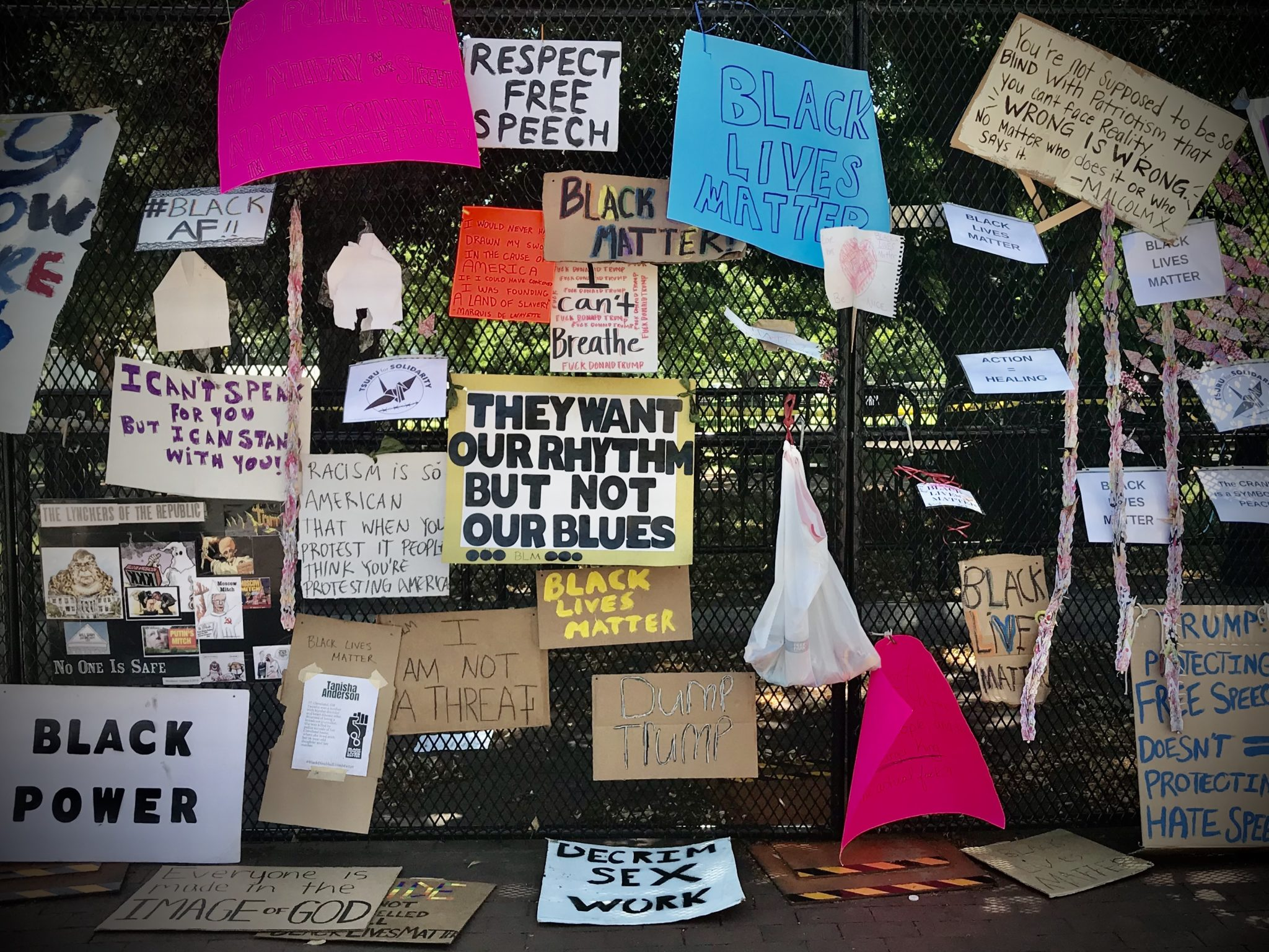 PHOTOS: The Fence Near the White House Has Become a Gallery of Protest