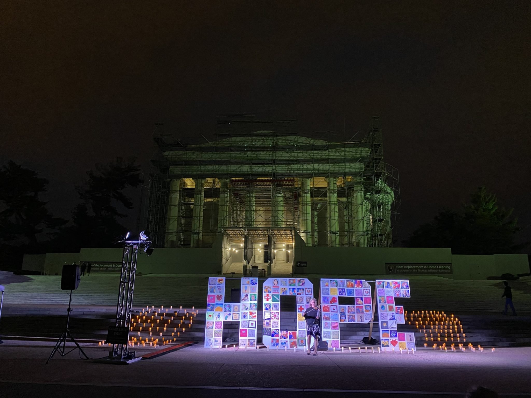 """PHOTOS: A """"HOPE"""" Quilt to Honor Frontline Workers"""