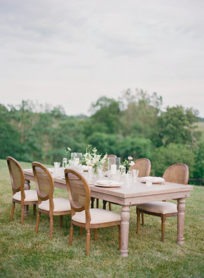 reception-styles-outdoor-micro-wedding